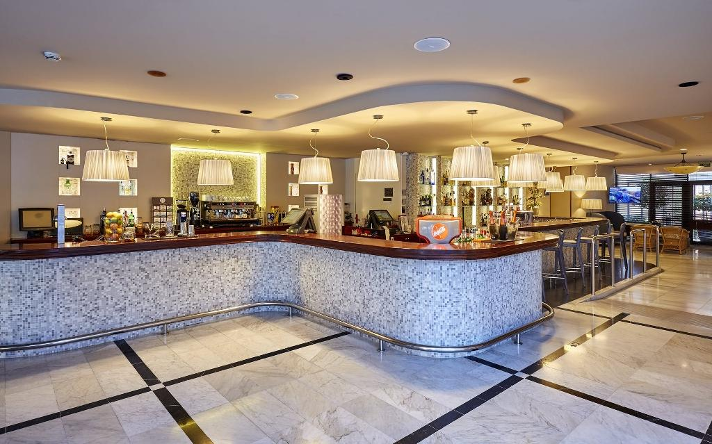 ANABEL HOTEL****