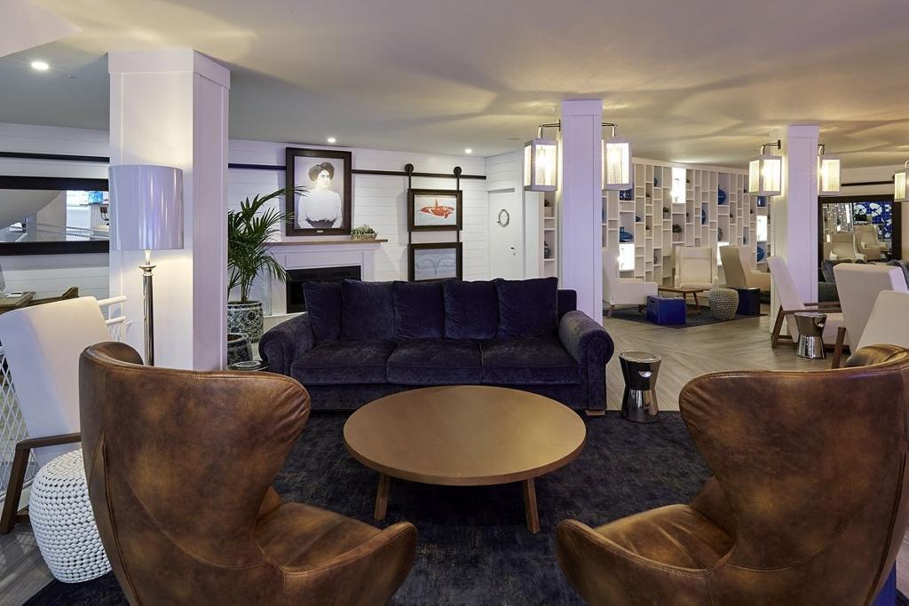 DELAMAR HOTEL****