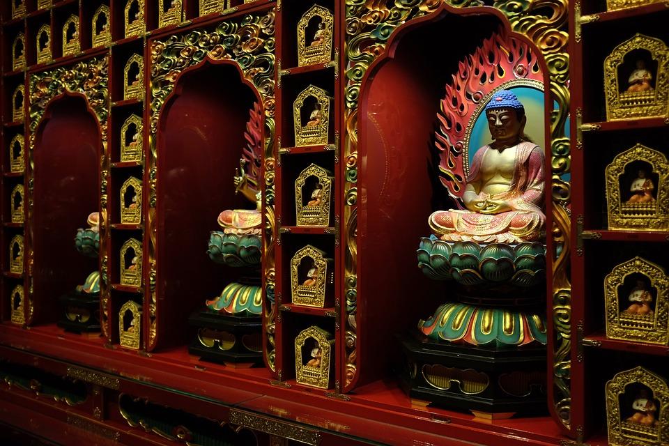 one-hundred-buddhas