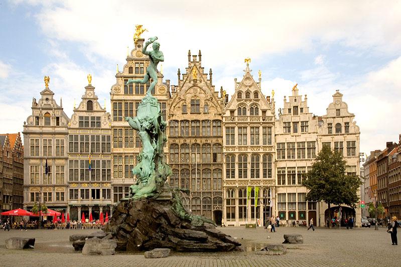 Hollandia, Belgium, Luxemburg***