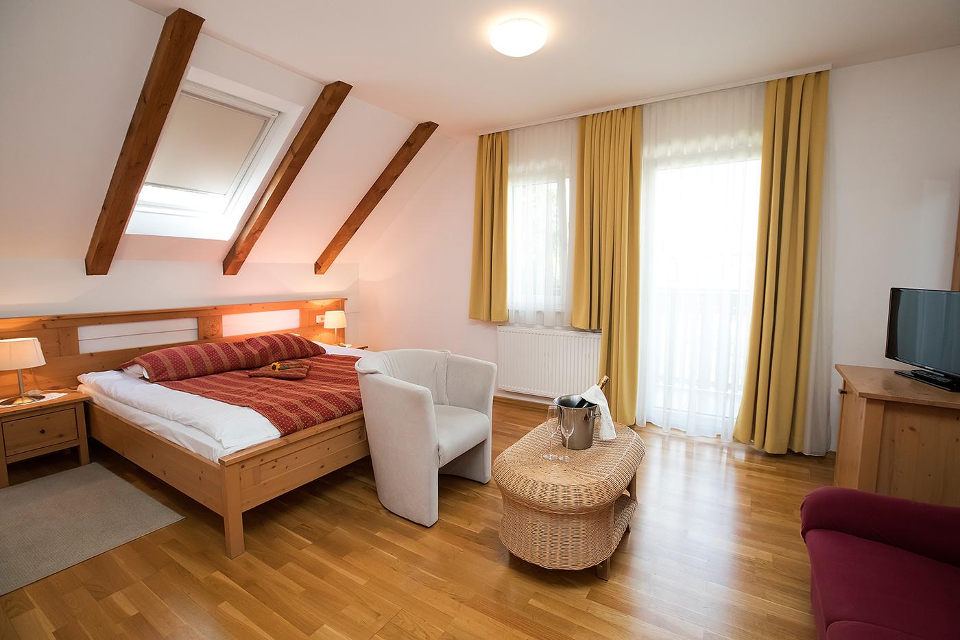 kristal_hotel_csaladi_szoba_44
