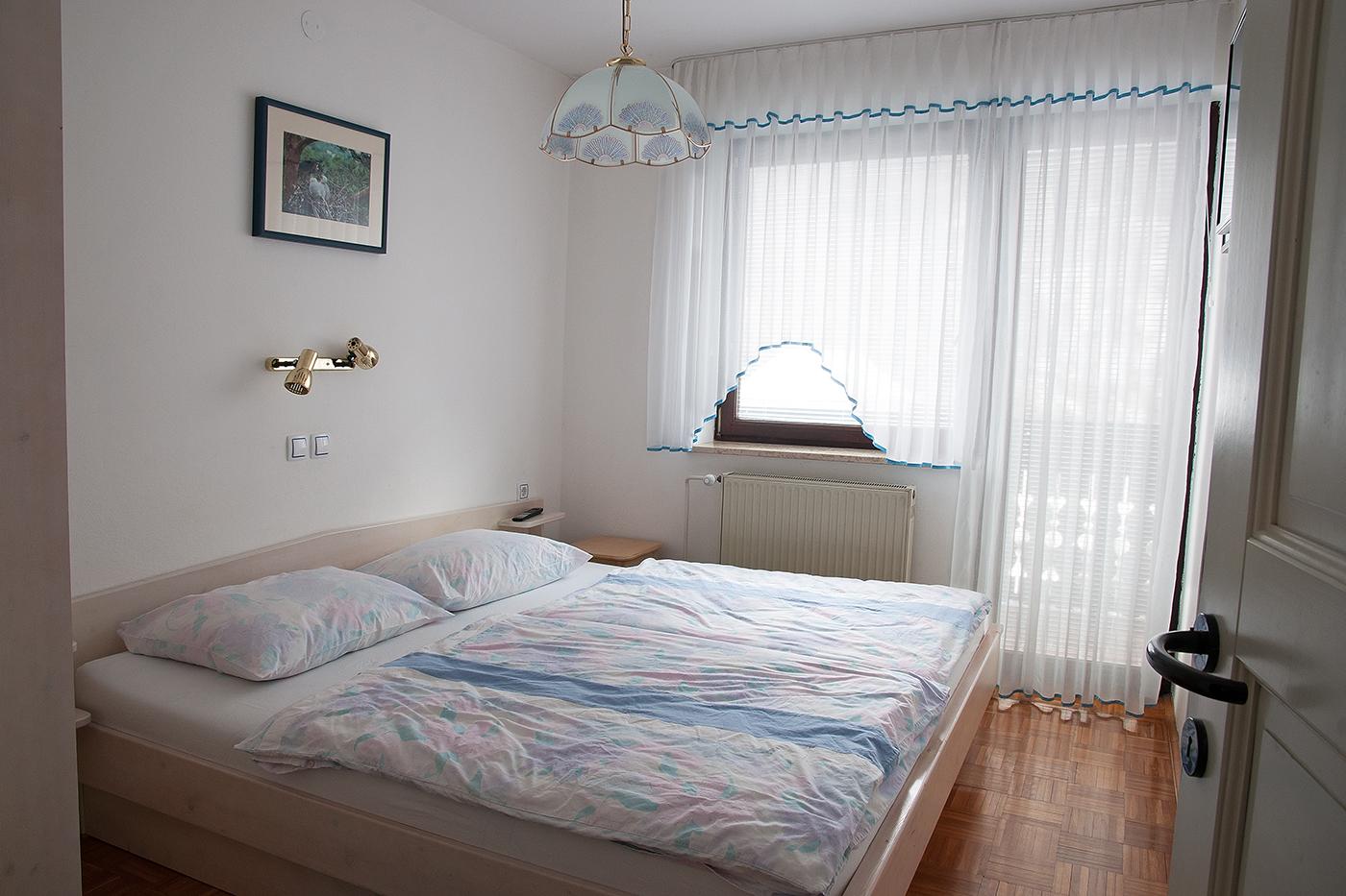stara_fuzina_apartmanok-2agyas-haloszoba